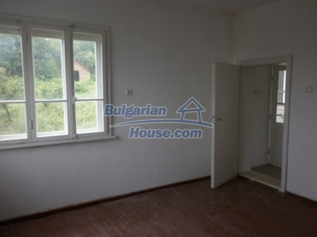 12221:12 - Charming cheap house near Danube River in Vratsa region
