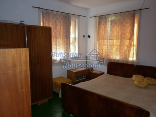 12223:13 - Pretty and affordable Bulgarian house near Vratsa