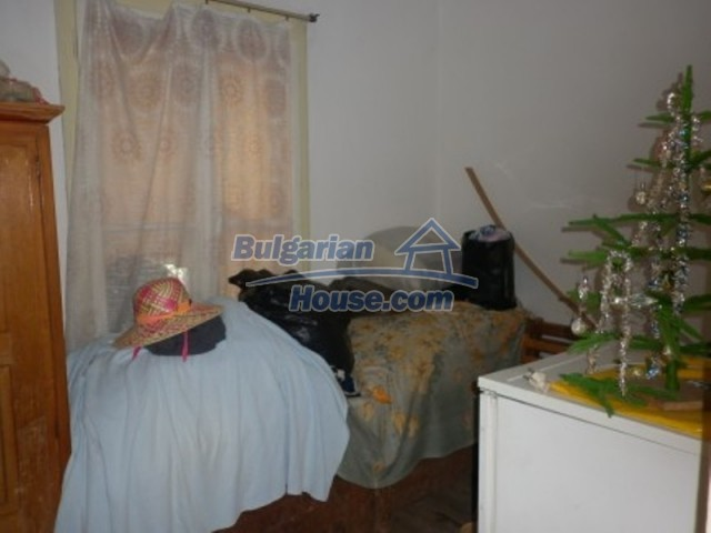 12223:16 - Pretty and affordable Bulgarian house near Vratsa