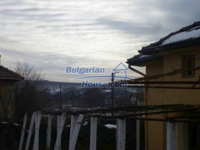 12226:9 - Two nice houses and large landscaped garden near Vratsa