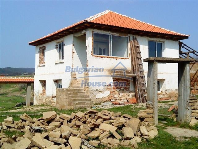 12231:1 - Two storey house for sale in the village of Vezenkovo, Burgas