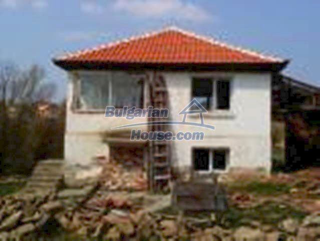 12231:18 - Two storey house for sale in the village of Vezenkovo, Burgas