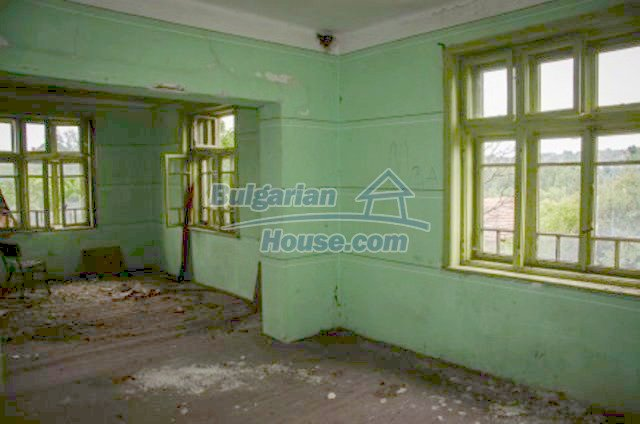 12233:12 - Cheap rural house in the mountains near Vratsa