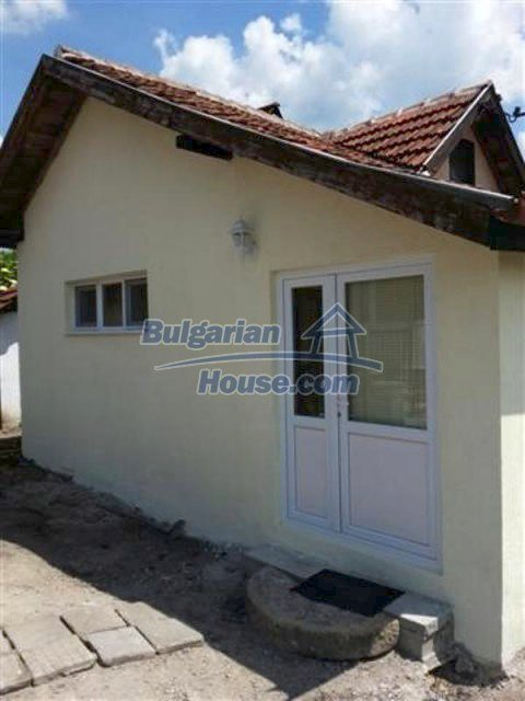 12234:1 - Pretty renovated house with furniture near the town of Elhovo