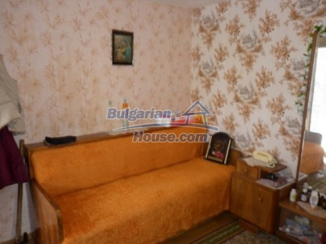 12237:10 - Charming Bulgarian house near Vratsa with wonderful scenery