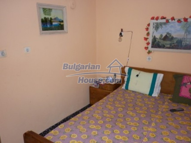 12237:14 - Charming Bulgarian house near Vratsa with wonderful scenery