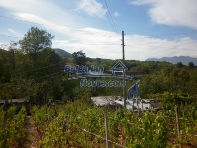 12237:16 - Charming Bulgarian house near Vratsa with wonderful scenery