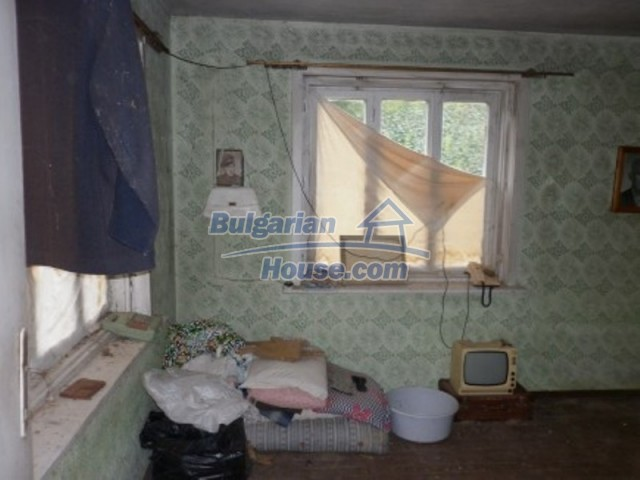 12238:6 - Functional low-priced house on Danube River – Vratsa region