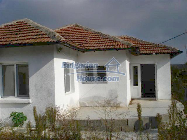 12243:1 - Lovely renovated house in popular village near Elhovo