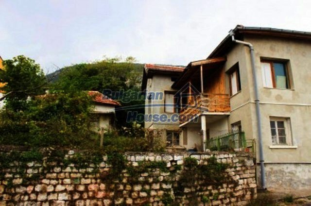 12246:2 - Spacious house with stunning panoramic views 3 km from Vratsa