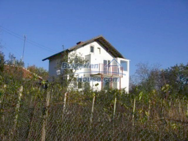 12251:1 - Huge lovely property with three houses and garden near Vratsa