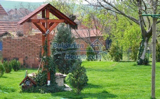 12260:2 - Advantageous attractively disposed Bulgarian house in Galabovo