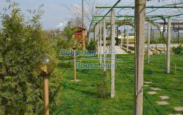 12260:3 - Advantageous attractively disposed Bulgarian house in Galabovo