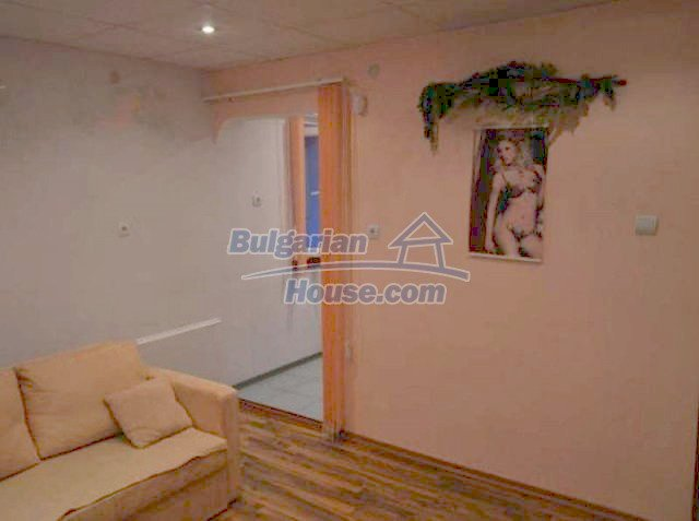 12260:11 - Advantageous attractively disposed Bulgarian house in Galabovo