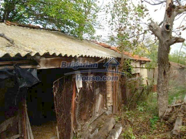 12263:4 - Low-priced house with large garden in village near Elhovo