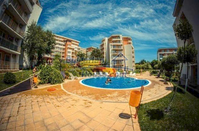 12264:25 - Top class furnished apartment near Nessebar – lovely sea view