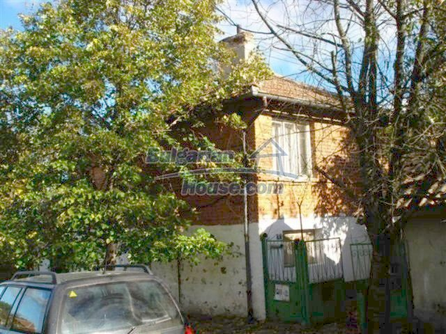 12272:1 - Low-priced and functional house near Elhovo town