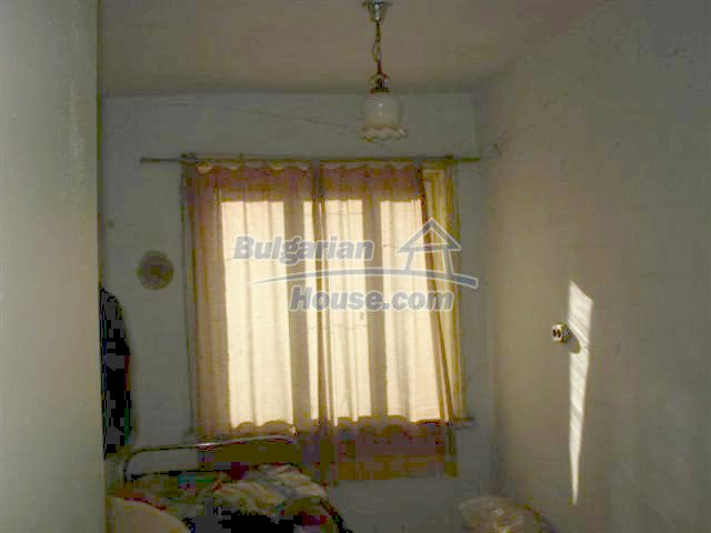 12272:13 - Low-priced and functional house near Elhovo town