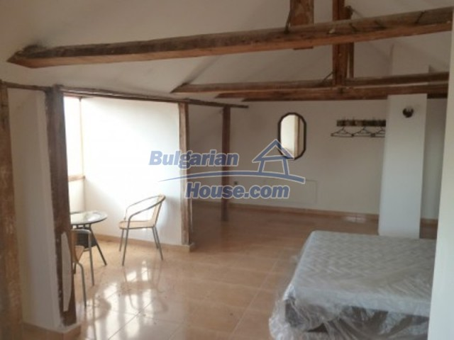12279:11 - Sunny house with furniture and garden near Vratsa – lovely views