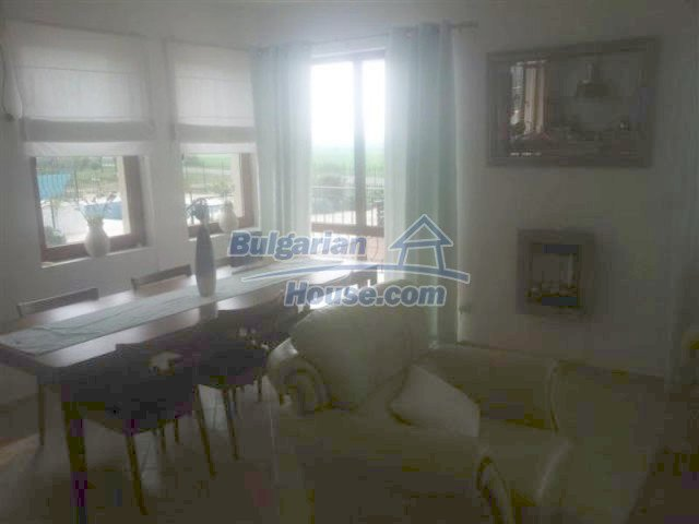 12284:5 - Luxury seaside house with swimming pool near Pomorie