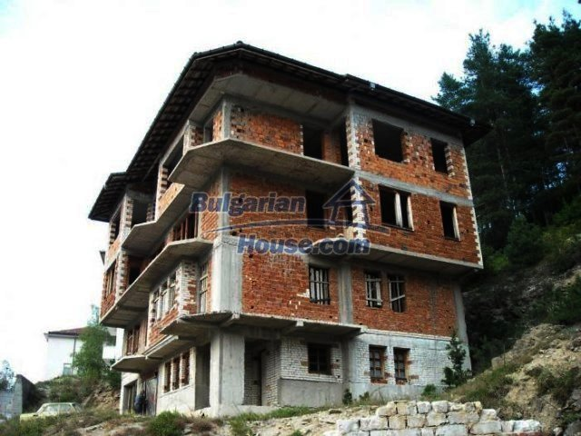 12298:3 - Bulgarian property suitable for hotel,large house,49km-Pamporovo