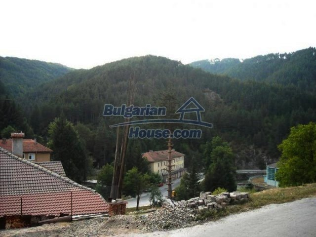 12298:23 - Bulgarian property suitable for hotel,large house,49km-Pamporovo