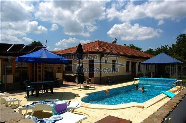 12342:1 - Luxury fully furnished Bulgarian property with a pool near Neseb