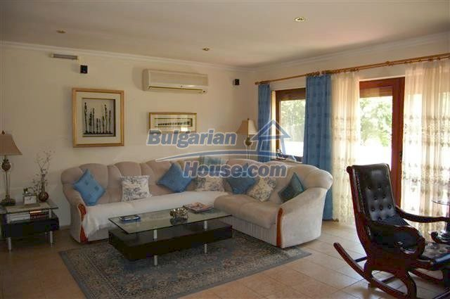 12342:16 - Luxury fully furnished Bulgarian property with a pool near Neseb