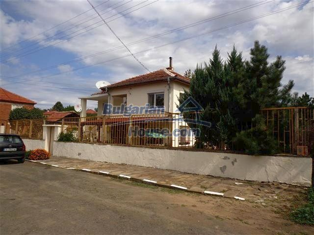 12207:33 - Fantastic furnished house with pool and garden near Sungurlare