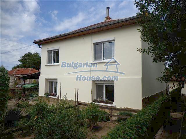 12207:40 - Fantastic furnished house with pool and garden near Sungurlare