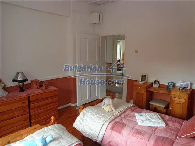 12207:82 - Fantastic furnished house with pool and garden near Sungurlare
