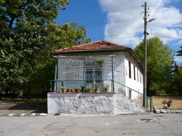2774:16 - Former school for sale near Stara Zagora in Zlatna Livada