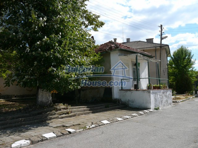 2774:18 - Former school for sale near Stara Zagora in Zlatna Livada