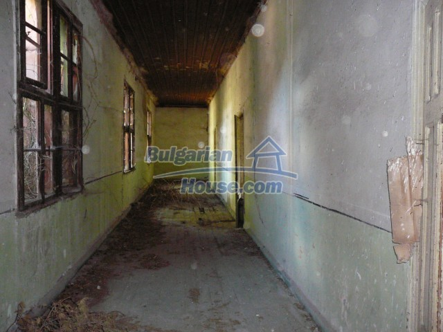 2774:24 - Former school for sale near Stara Zagora in Zlatna Livada