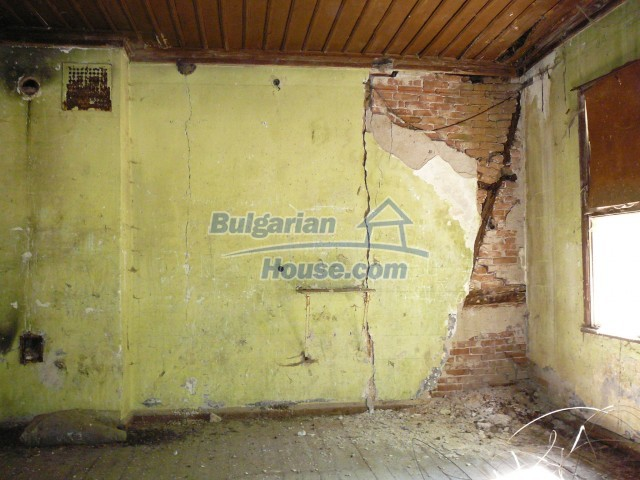 2774:25 - Former school for sale near Stara Zagora in Zlatna Livada