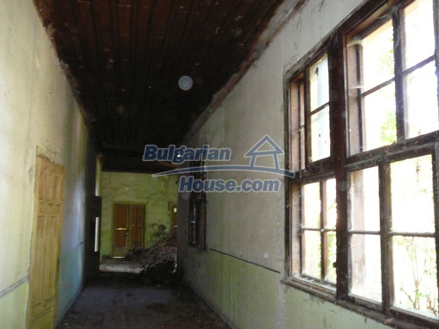 2774:26 - Former school for sale near Stara Zagora in Zlatna Livada