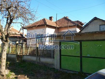 12360:2 - Partly renovated Bulgarian property for sale in Vrtasa region