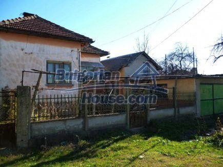 12360:3 - Partly renovated Bulgarian property for sale in Vrtasa region