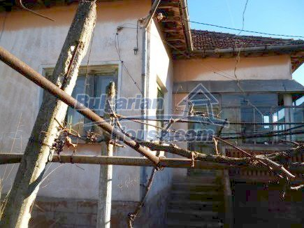 12360:7 - Partly renovated Bulgarian property for sale in Vrtasa region