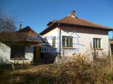 12360:8 - Partly renovated Bulgarian property for sale in Vrtasa region