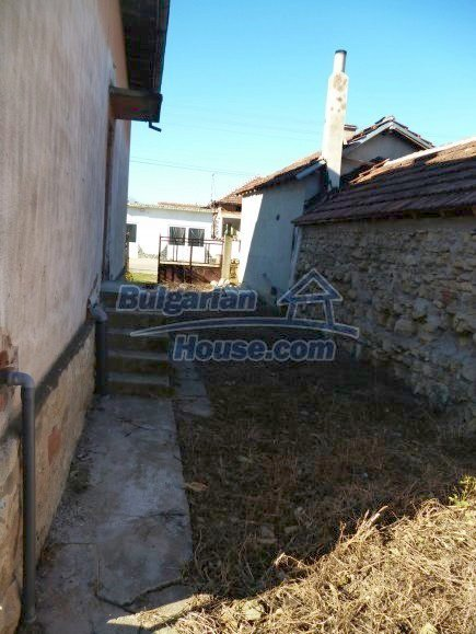 12360:20 - Partly renovated Bulgarian property for sale in Vrtasa region
