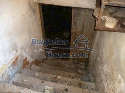 12360:22 - Partly renovated Bulgarian property for sale in Vrtasa region