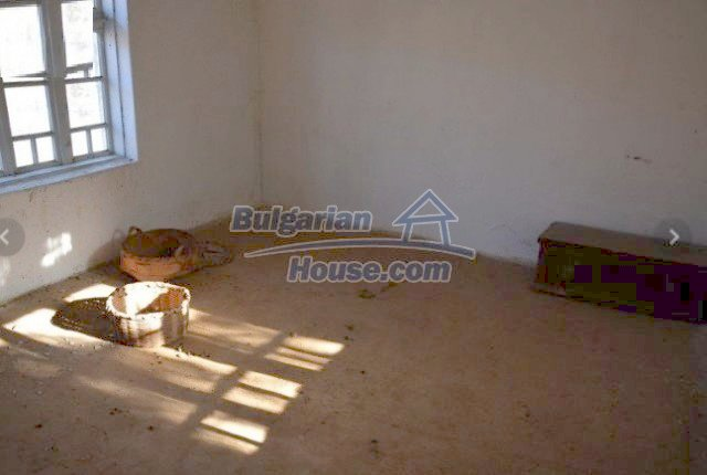 12366:28 - BARGAIN:Two Bulgarian properties in one village low price