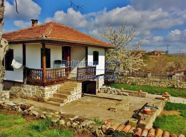 12375:2 - Traditional Bulgarian house with swimming pool ,Veliko Tarnovo