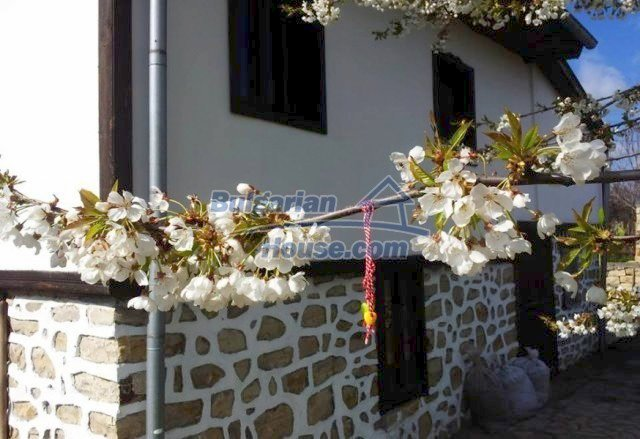 12375:14 - Traditional Bulgarian house with swimming pool ,Veliko Tarnovo