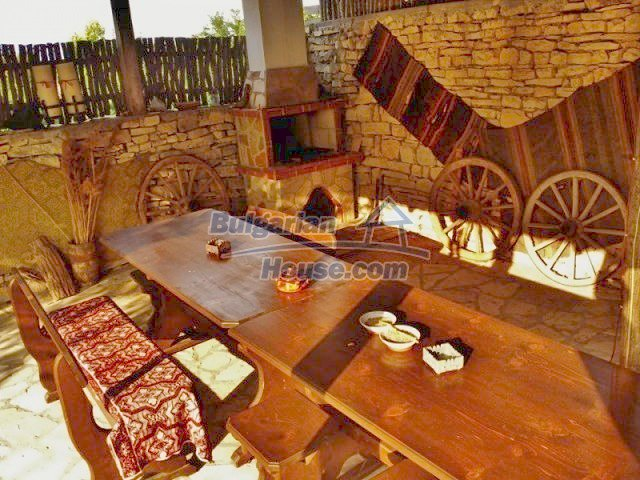 12375:18 - Traditional Bulgarian house with swimming pool ,Veliko Tarnovo