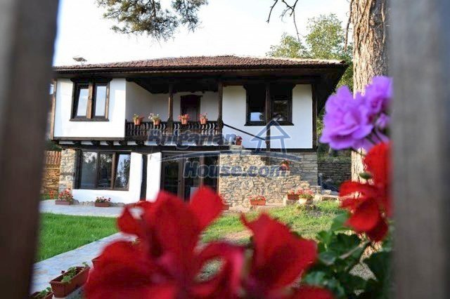 12383:1 - Lovely traditional Bulgarian house near two fishing lakes, Gabro