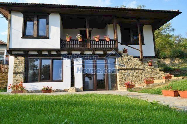 12383:2 - Lovely traditional Bulgarian house near two fishing lakes, Gabro