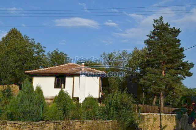 12383:6 - Lovely traditional Bulgarian house near two fishing lakes, Gabro