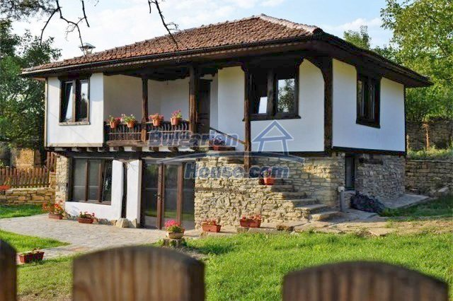 12383:11 - Lovely traditional Bulgarian house near fishing lakes, Gabrovo